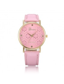 Fashion Women Chrysanthemum Design Round Dial Leather Quartz Watch